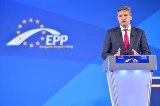 CDA-lijsttrekker Sybrand Buma bij het congres van de Europese Volkspartij 2012.
